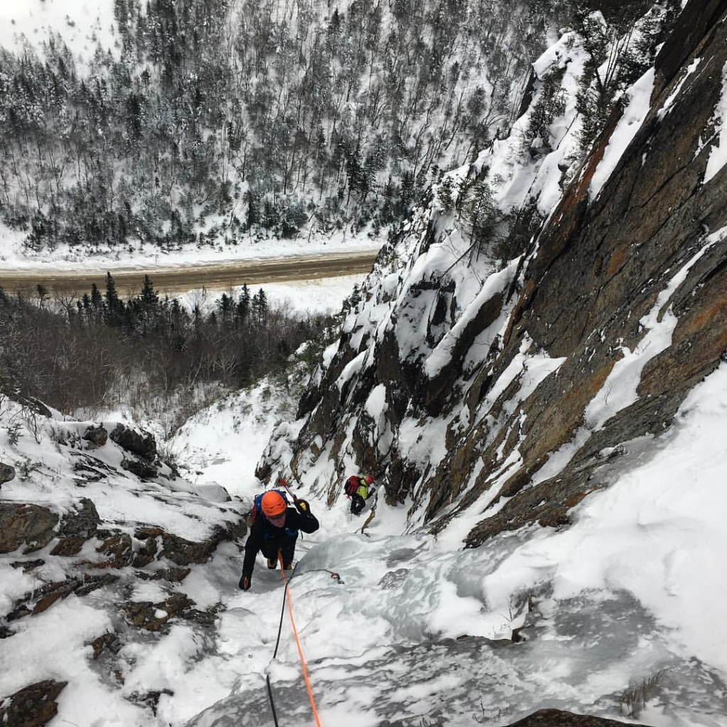 No Parasol, and very little ice, in Parasol Gully. - Matty Bowman 12-14-16