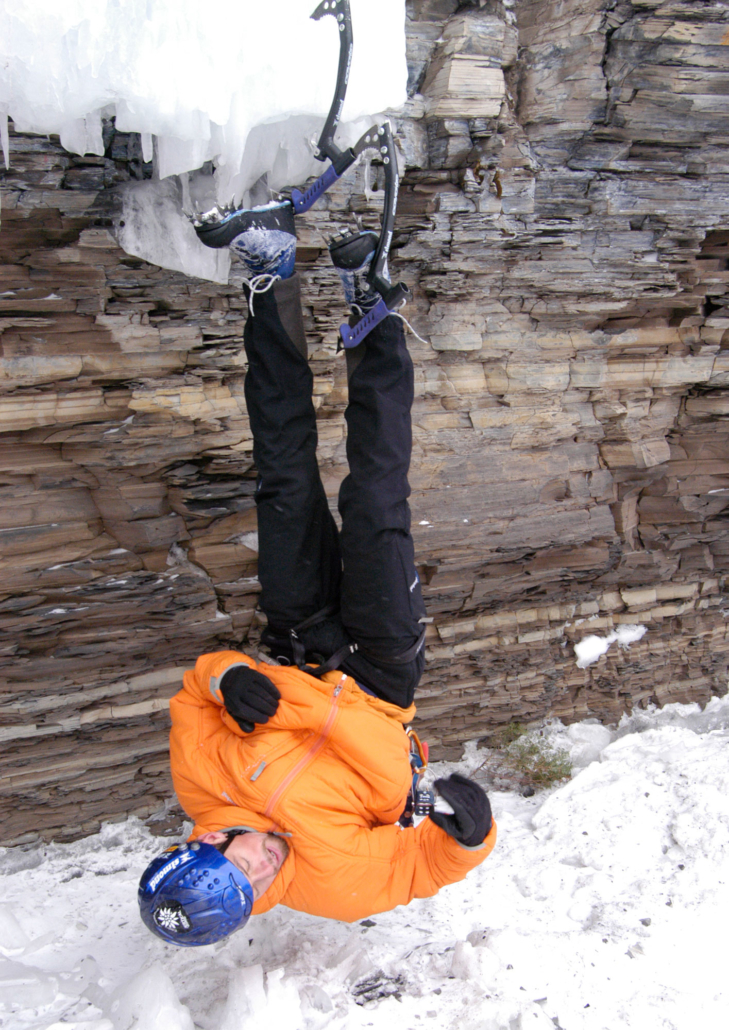 Guy Tremblay demonstrating his resting technique during Festiglace. Back then heel hooks were commonly used. Photo: (c) Doug Millen